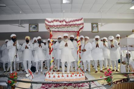 Sri Satguru Ji blessing sadh sangat during bhog of Mata Kartar Kaur Ji at Partap Mandir, Sant nagar on 4th of August 2015