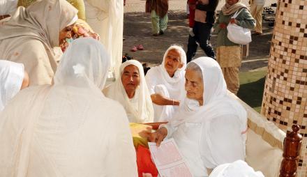 Mata Chand Kaur Ji blessing Sadh Sangat at Langar Hall during Hola-mohalla 2015