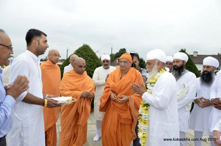 "Sri Satguru Ji at  ""BAPS Shri Swaminarayan Mandir London"" on 30 Aug 2015"