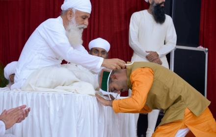 Anant gundecha seeking blessings | Satguru Jagjit Singh Sangeet Sammelan 2019
