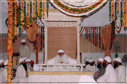 HH Sri Satguru Ji During Afternoon in Partap Mandir (Basant Panchmi Mela)