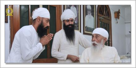 Sri Satguru Ji (15-july-2011)