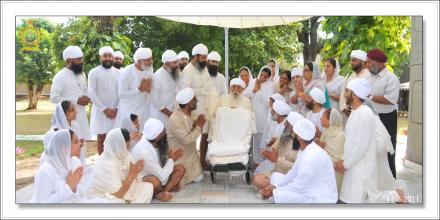 Sri Satguru Ji (14-aug-2011)