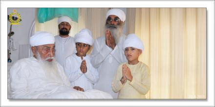 Sri Satguru Ji (22-aug-2011)