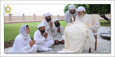Sri Satguru Ji (24-aug-2011)