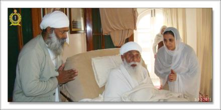 Sri Satguru Ji (5-dec-2011)