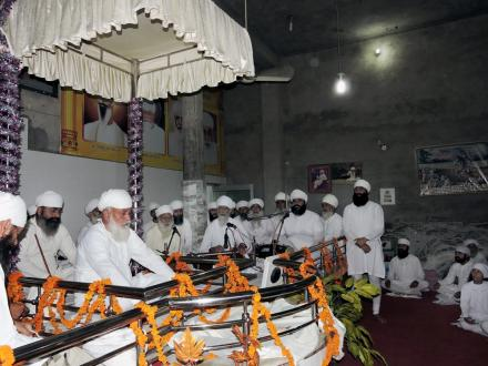 Satguru ji's expedition to Elenabad (Sri Jivan Nagar)