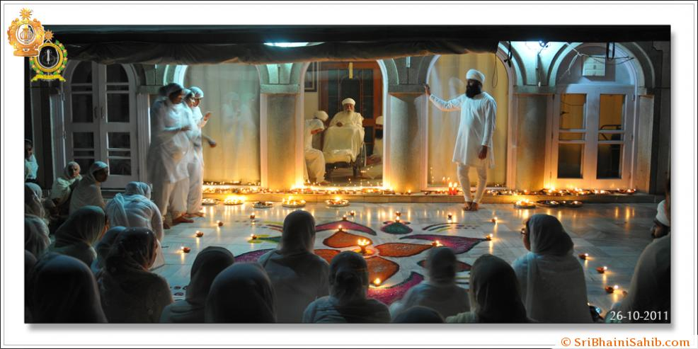 Sri Satguru Ji ( 26-oct-2011 )
