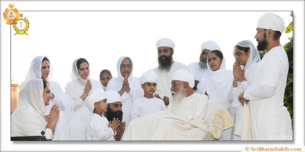 Sri Satguru Ji ( 12-11- 2011)